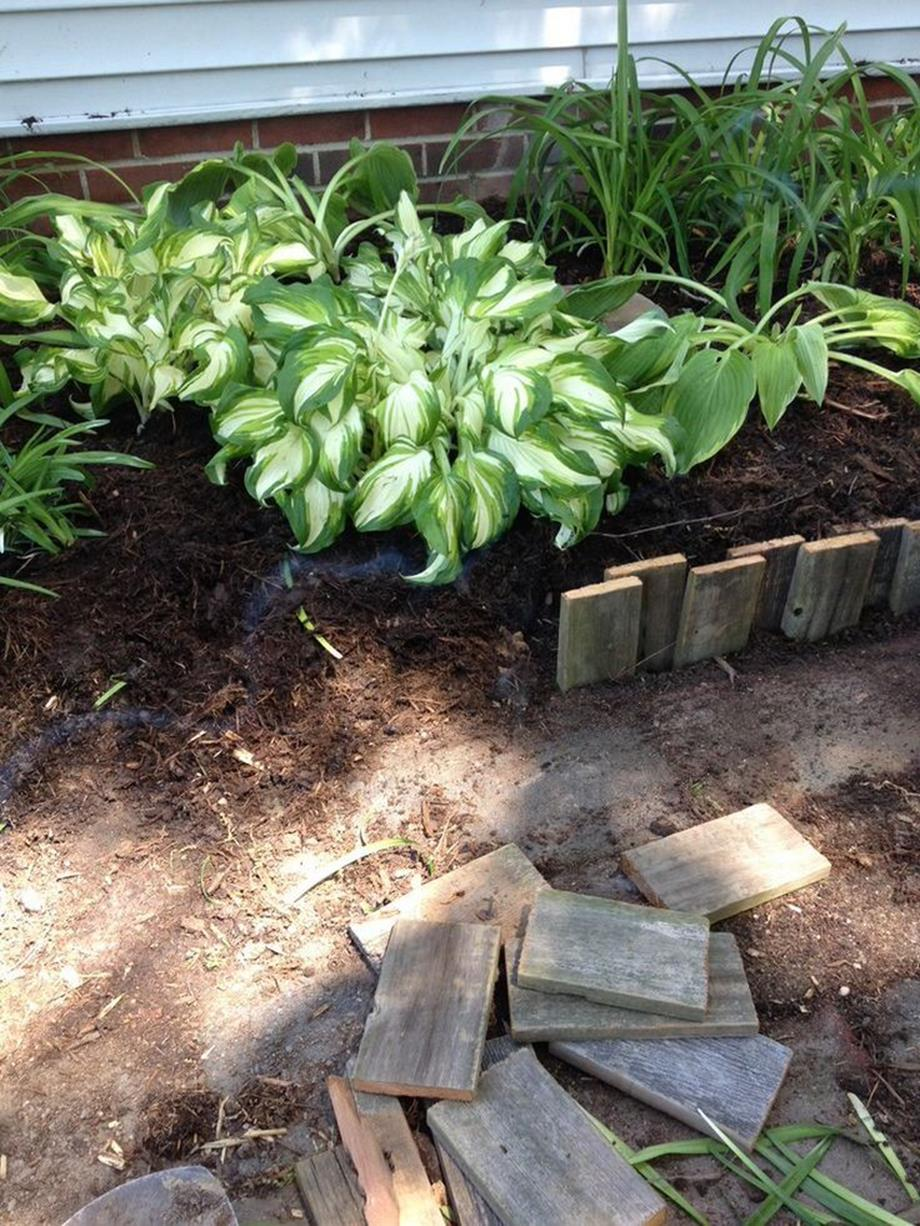 Wood Lawn Edging Ideas 12