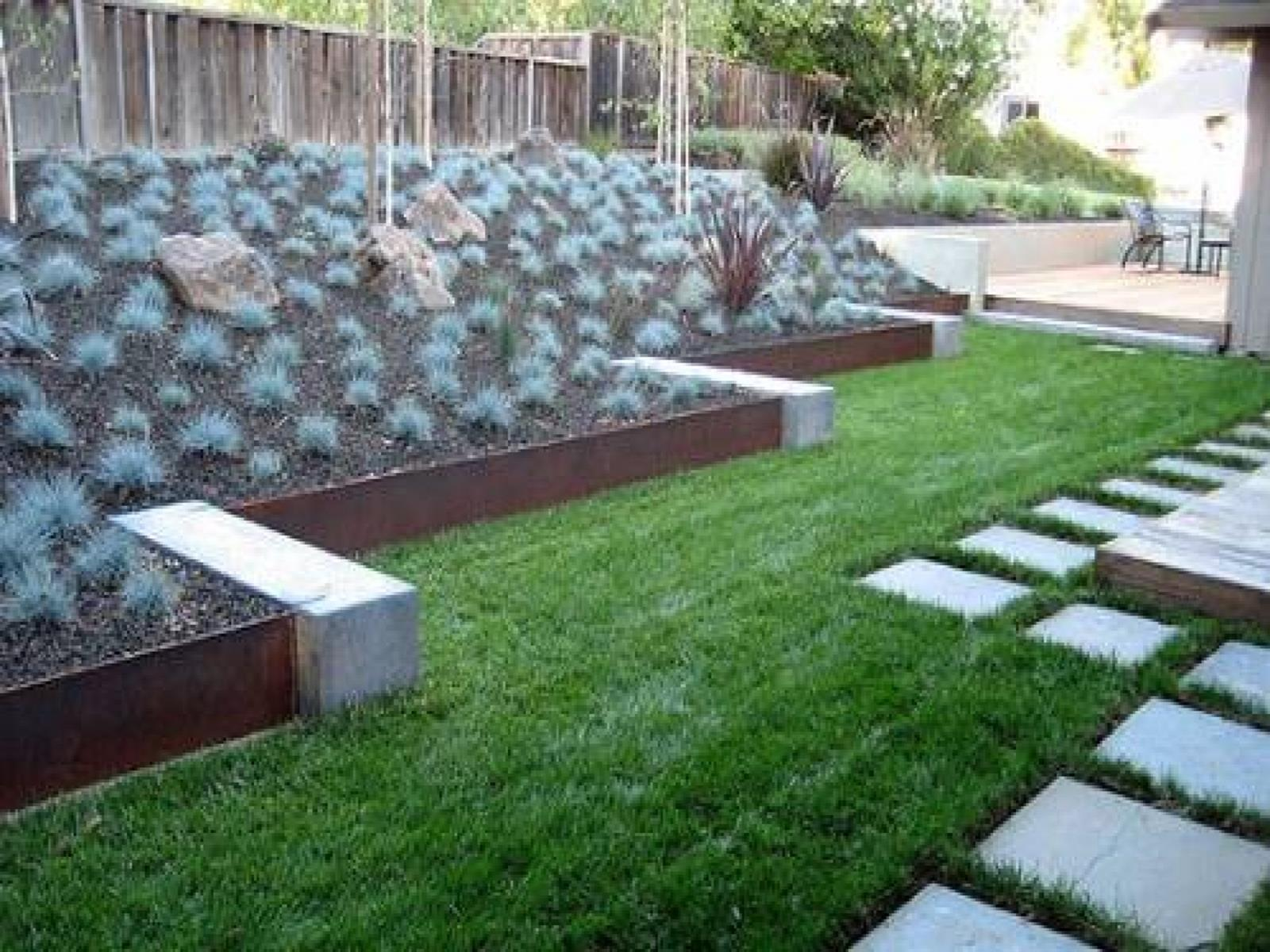 Wood Lawn Edging Ideas 24
