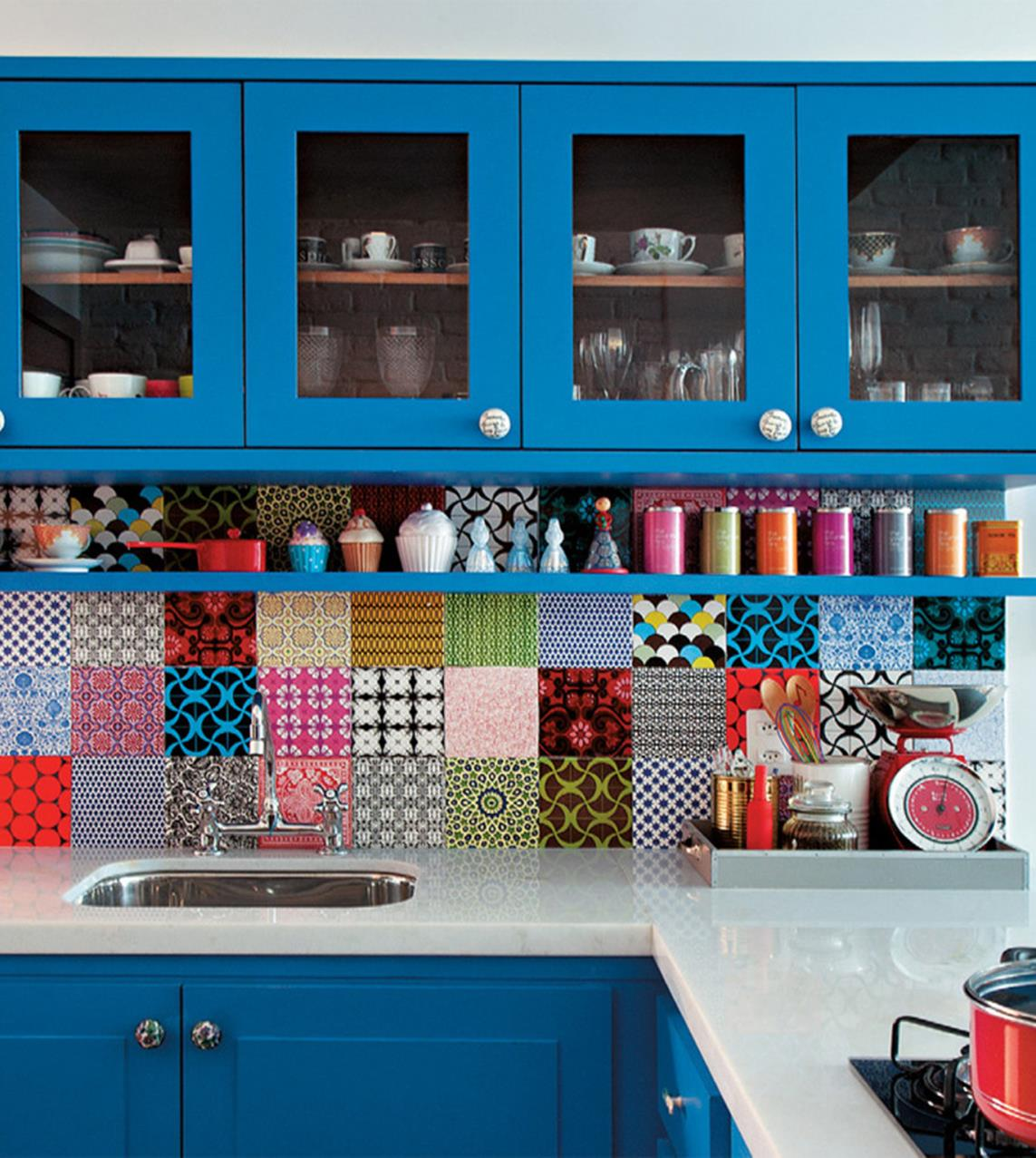 Projects to Make Kitchen More Neat and Beautiful 12