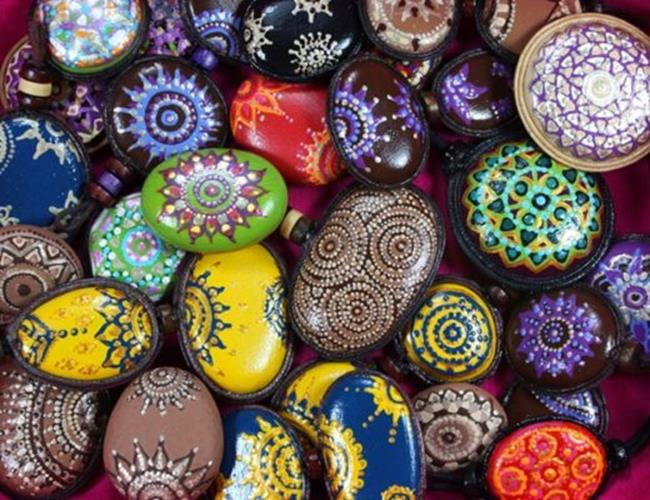 Simple Painted Rock Ideas For Garden 20