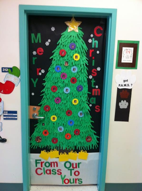 Christmas Door Decorating Contest Winners 12