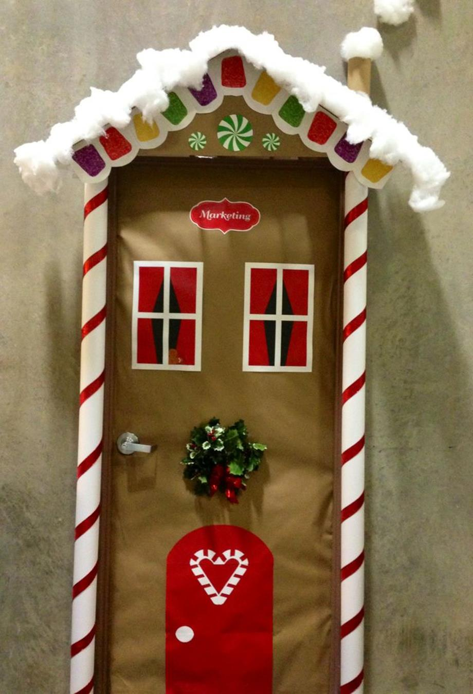 Christmas Door Decorating Contest Winners 16