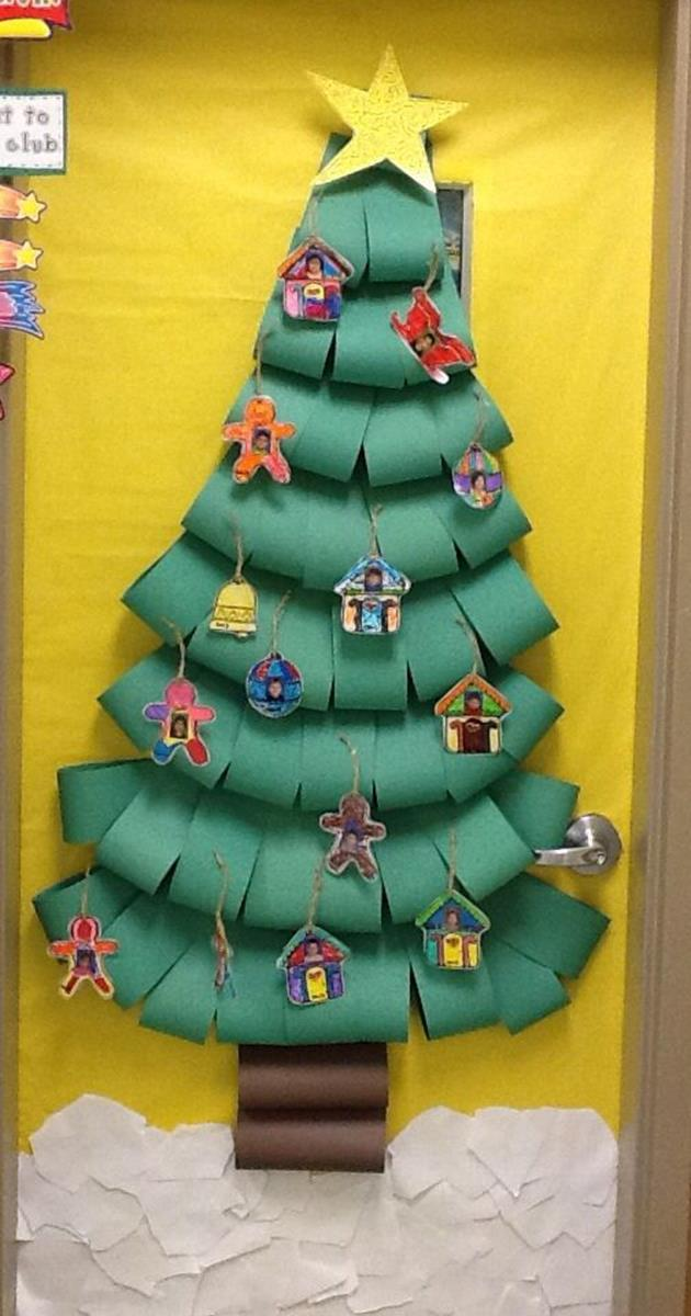 Christmas Door Decorating Contest Winners 23