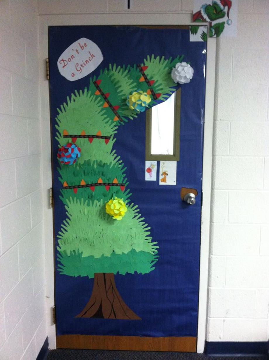 Christmas Door Decorating Contest Winners 32