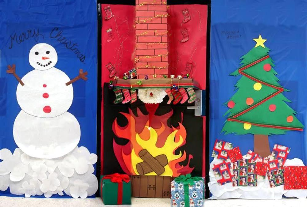 Christmas Door Decorating Contest Winners 35