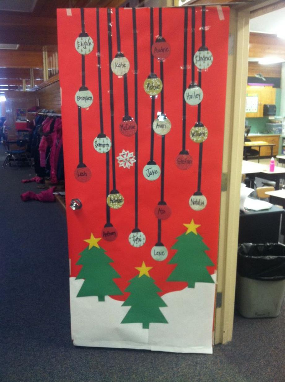 Christmas Door Decorating Contest Winners 40