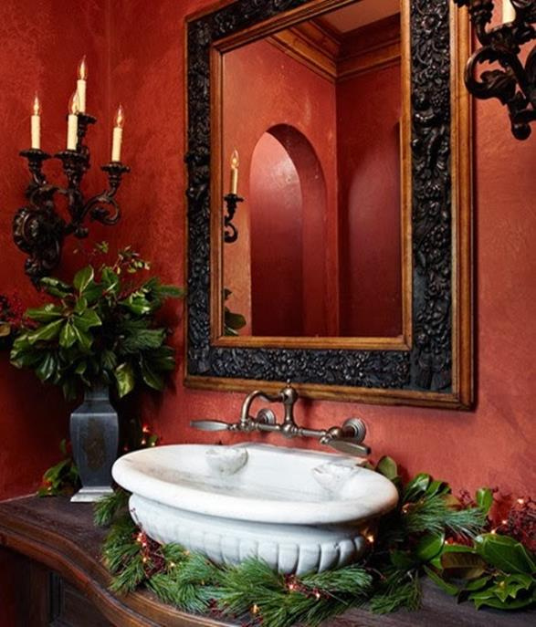 Bathroom with Holiday Wall Decor 8