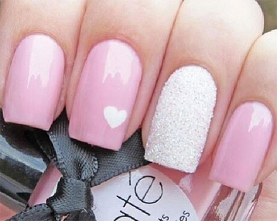 Gorgeous Valentines Day Acrylic Nail Designs 9