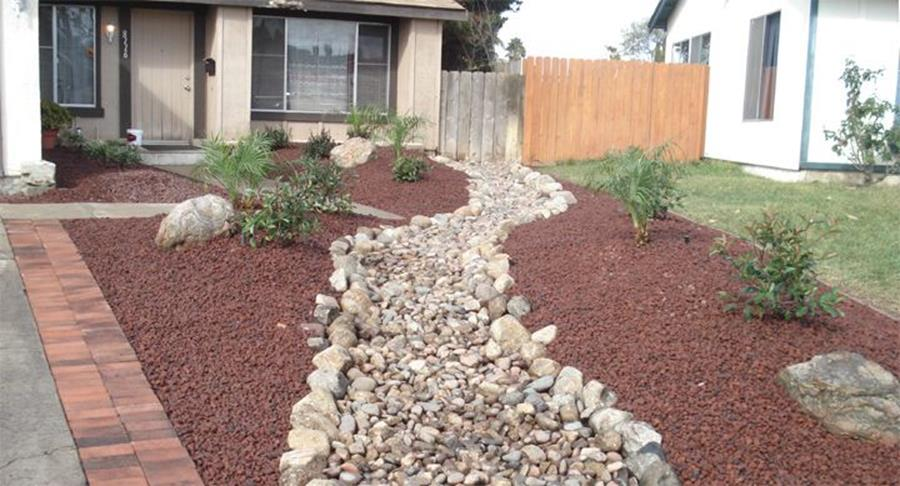Front Yard Landscaping Ideas with White Rocks 16