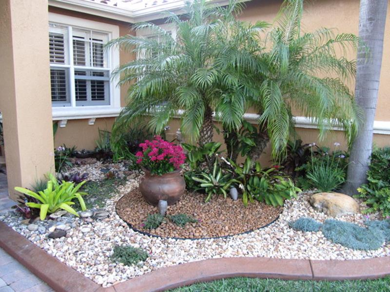 Front Yard Landscaping Ideas with White Rocks 28