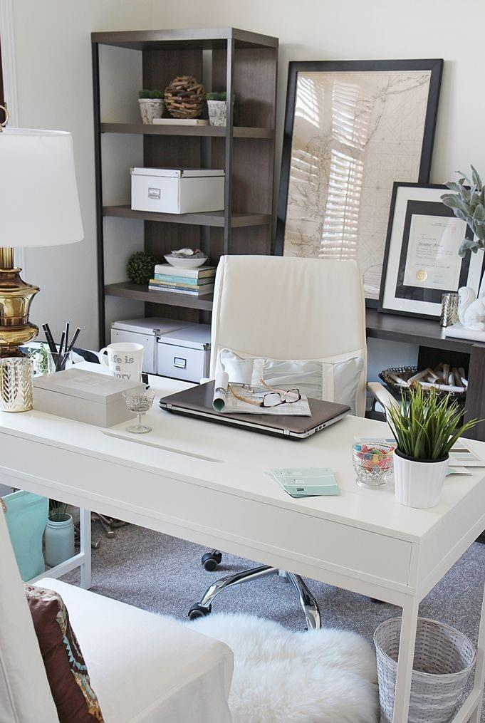 Comfy Home Workspace Decorating Ideas 9