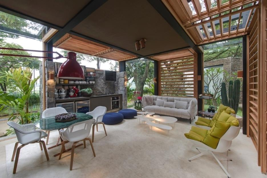 Cozy and Gorgeous Patio Roof with Pergola Glass 23