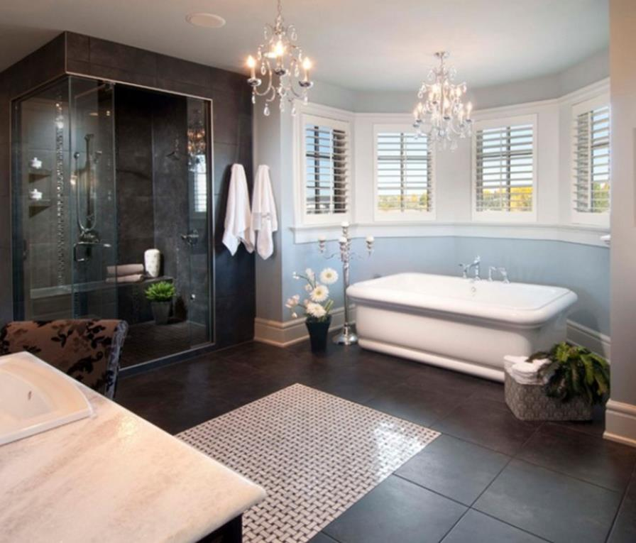 Beautiful Bathroom with Crystal Chandelier 6