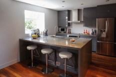Conception d'aménagement de cuisine contemporaine, avec comptoir de béton