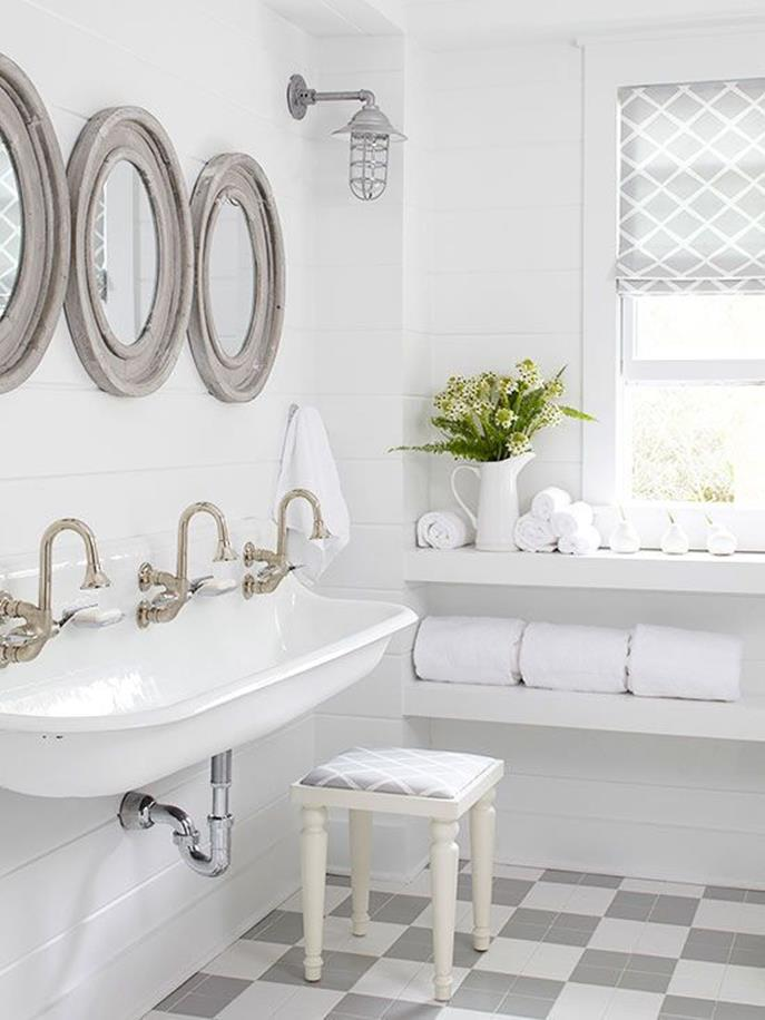 Farmhouse Style Bathroom Sink Ideas 37