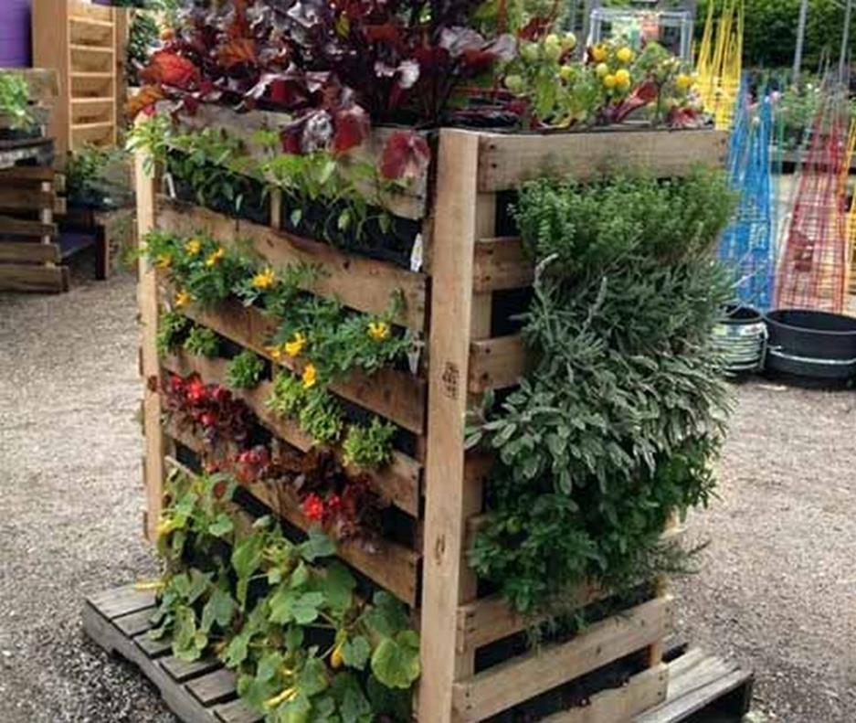 Gardening Ideas With Wood Pallets 28