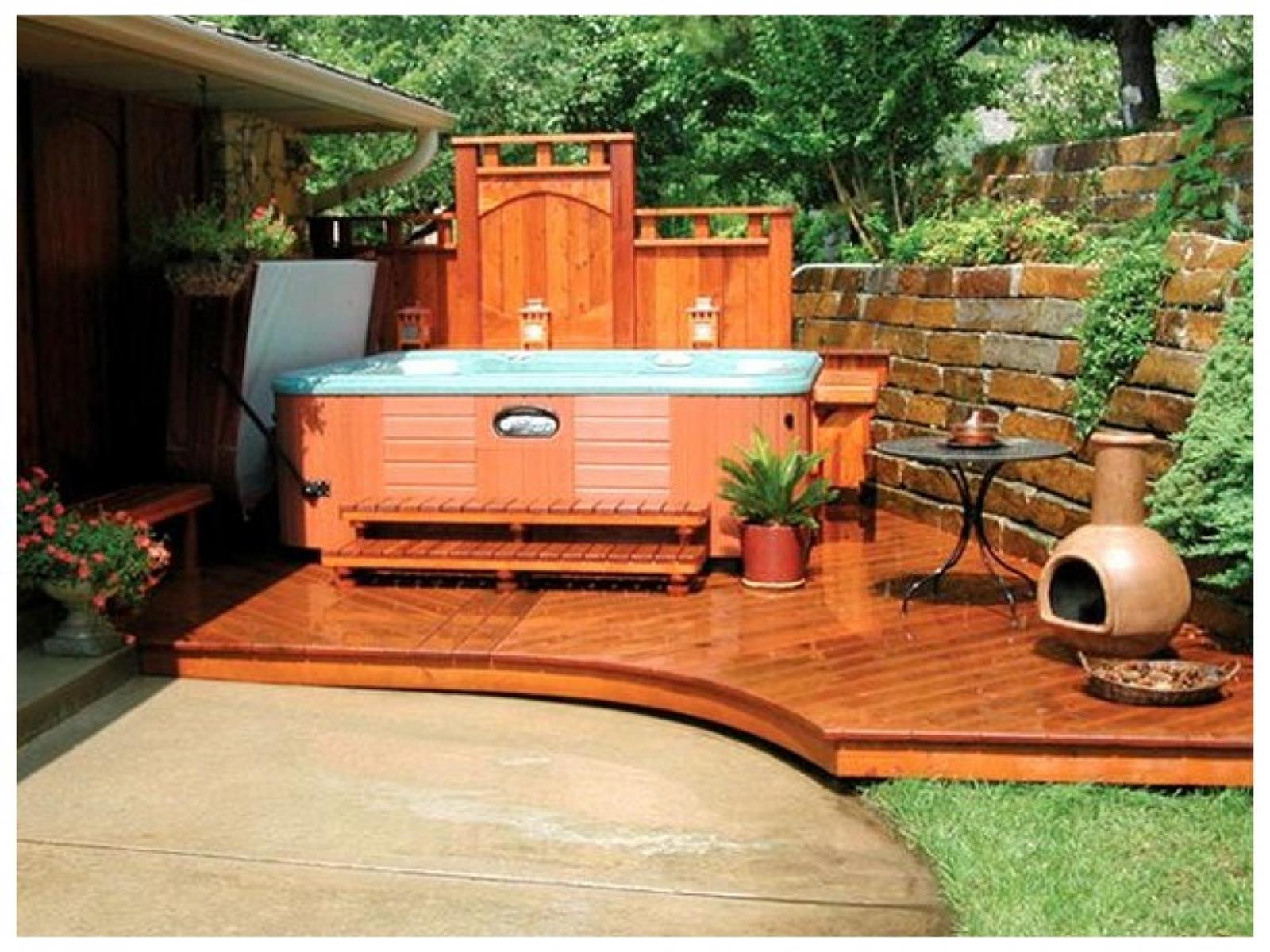 Perfect Outdoor Hot Tub Privacy Ideas 26