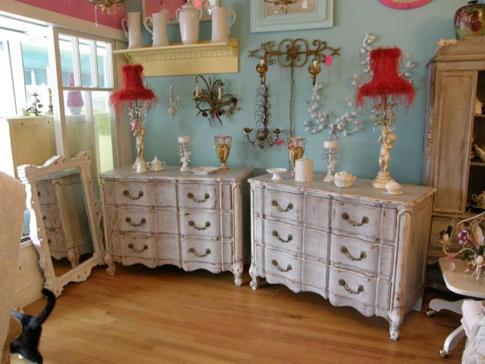 Perfect Shabby Chic Furniture and Decorating Ideas 17