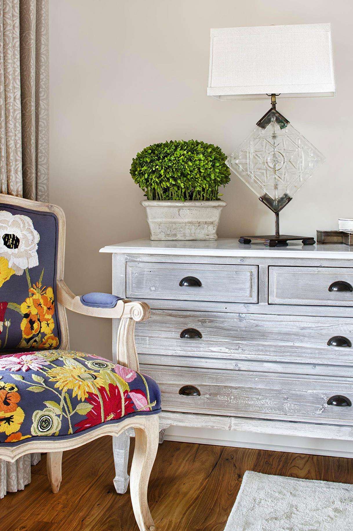 Perfect Shabby Chic Furniture and Decorating Ideas 26