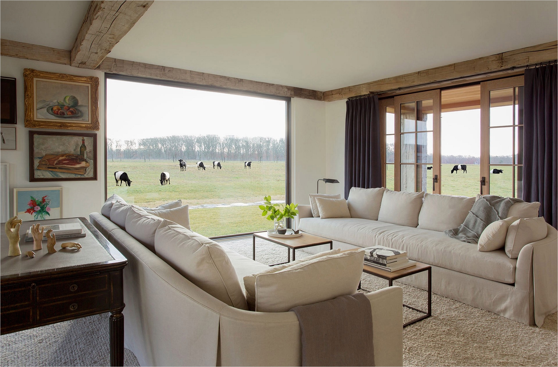 Modern Farmhouse Living Room Decor 94 4 Warm and Luxurious Modern Farmhouse Decor Ideas 6