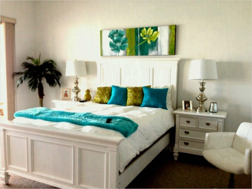 43 Stunning Small Bedroom Decorating Ideas On A Budget 29 Bedroom Small Decorating Ideas A Bud Luxury Apartment Elegant Fresco Lime Paint From 7
