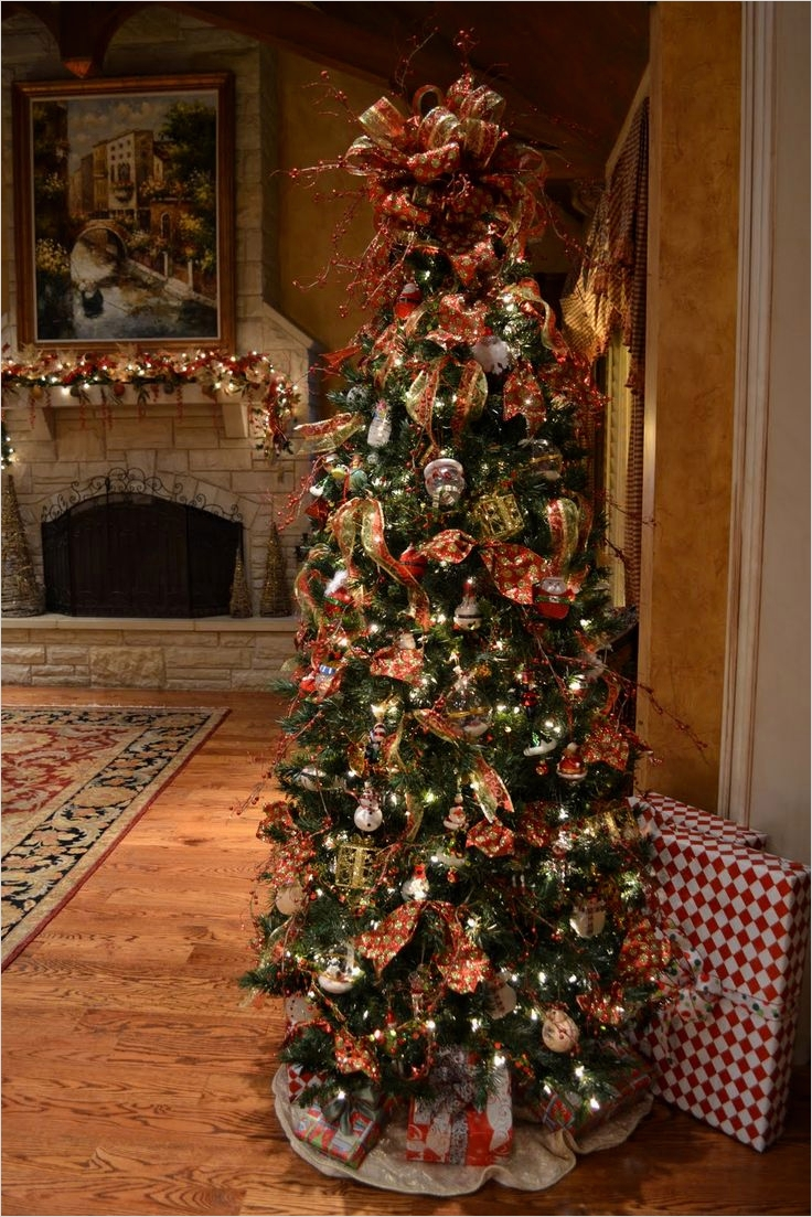41 Awesome Whimsical Christmas Tree Decorating Ideas 67 Best 20 Whimsical Christmas Trees Ideas On Pinterest 1