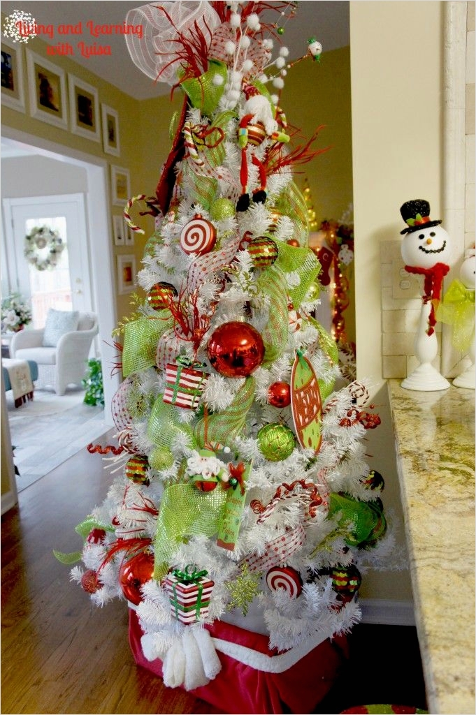 41 Awesome Whimsical Christmas Tree Decorating Ideas 37 25 Best Ideas About Whimsical Christmas Trees On Pinterest 5