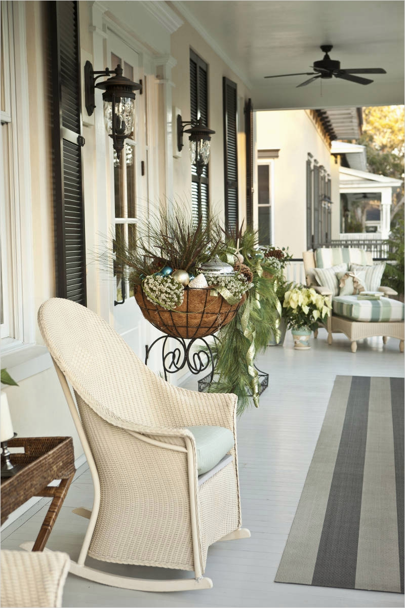 35 Stunning Little Porch Decorating Ideas for 2020 89