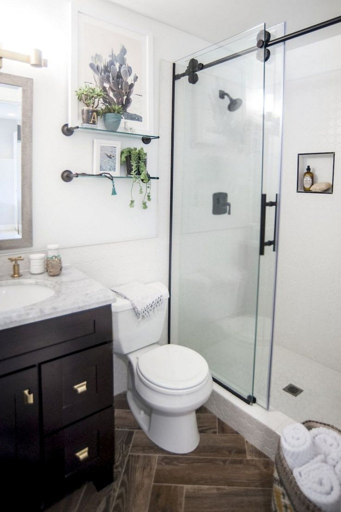 New Small Bathroom Remodel Cool Small Master Bathroom Remodel Ideas (source - Blogbeen.com)