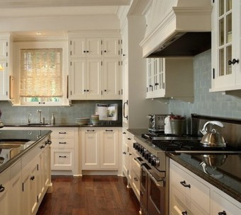 Cream Kitchen Cabinets With Grey Walls
