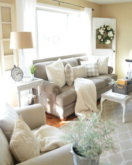 Gorgeous Farmhouse Living Room Decor Ideas And Designs (23)