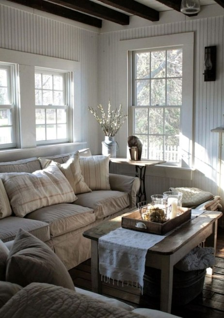 Gorgeous Farmhouse Living Room Decor Ideas And Designs (54)