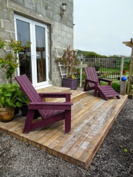 Decorating A Deck For Summer