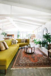 Eclectic And Quirky Living Room Decor Styling Ideas (50)