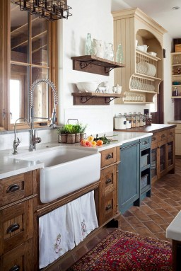 Farmhouse Decor On Top Of Kitchen Cabinets