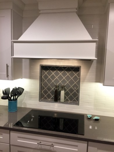Kitchen Tile Backsplash Ideas Suitable For Your Kitchen (26)