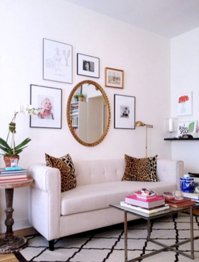 Small Apartment Bedroom Decorating Ideas White Walls