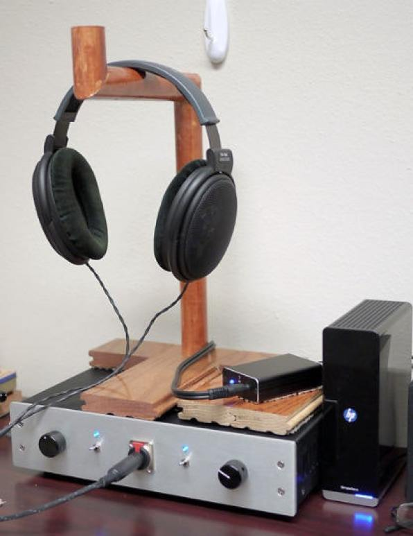 The Wooden, DIY Headphone Stand