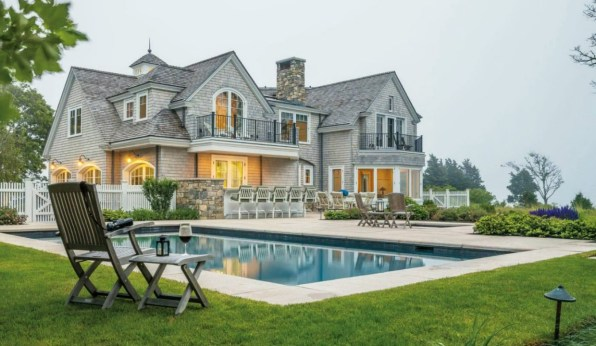 A Luxurious Cape Cod House