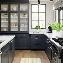 +41 To Consider For Farmhouse Kitchen Cabinets Design Ideas 45