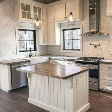 +41 To Consider For Farmhouse Kitchen Cabinets Design Ideas 47