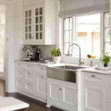 +41 To Consider For Farmhouse Kitchen Cabinets Design Ideas 62