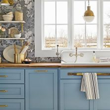 +41 To Consider For Farmhouse Kitchen Cabinets Design Ideas 83
