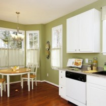 +46 Most Popular Ways To Breakfast Nook Ideas For Your Small Kitchen 5