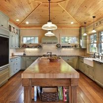 35+ Natural Rustic And Classic Glam Kitchen Decorating Ideas 40