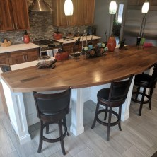 DIY Kitchen Island With Breakfast Bar 23