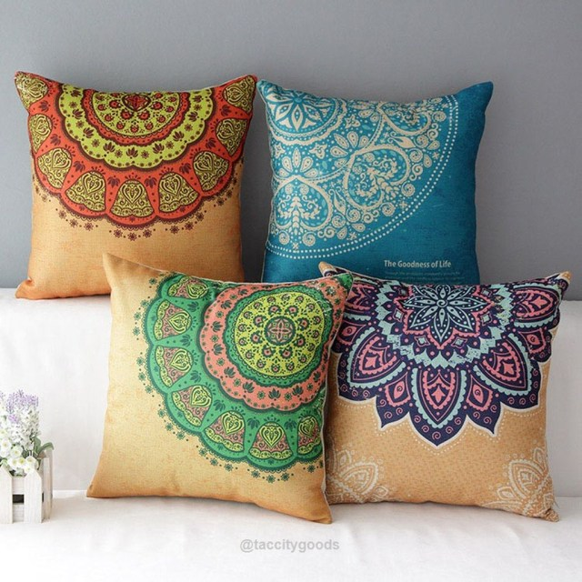 Charming Pillow Decorative Ideas To Apply Asap 33