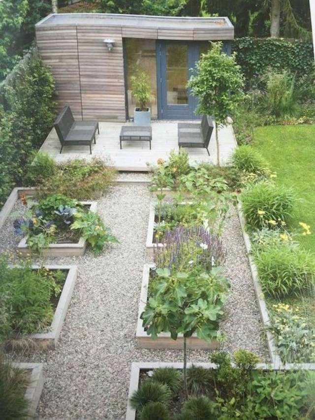 Amazing Garden Design Ideas For Small Space To Try 15