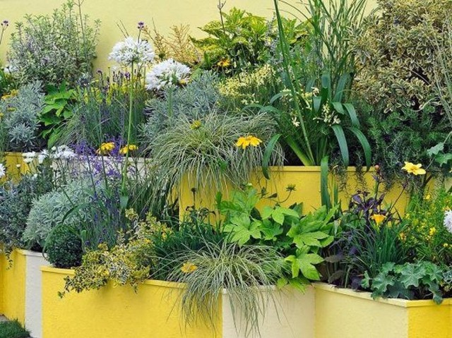Amazing Garden Design Ideas For Small Space To Try 39