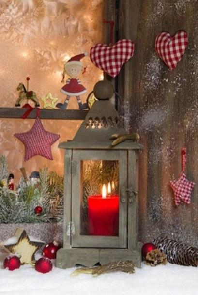 Beautiful Window Decorating Ideas For Christmas 19
